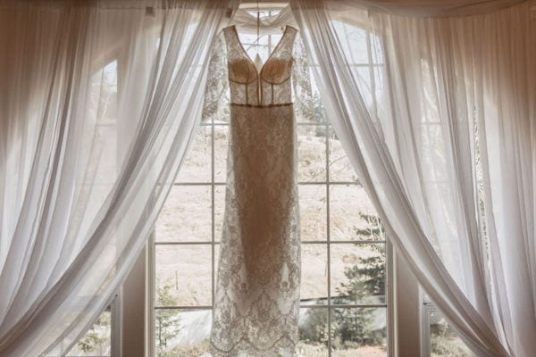 Mountain House Estate – Wine country winter wedding – Mountain House Estate wedding - lace wedding gown