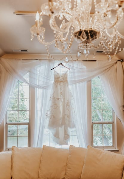 3 Mountain House Estate – pink and white wedding – wine country wedding