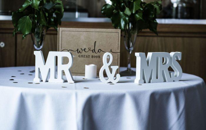 DIY Creative Wedding Guest Book Ideas