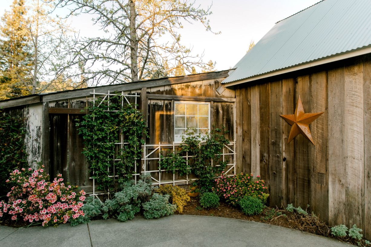 12 photo opportunities rustic mountain house estate weddingi venues northern california