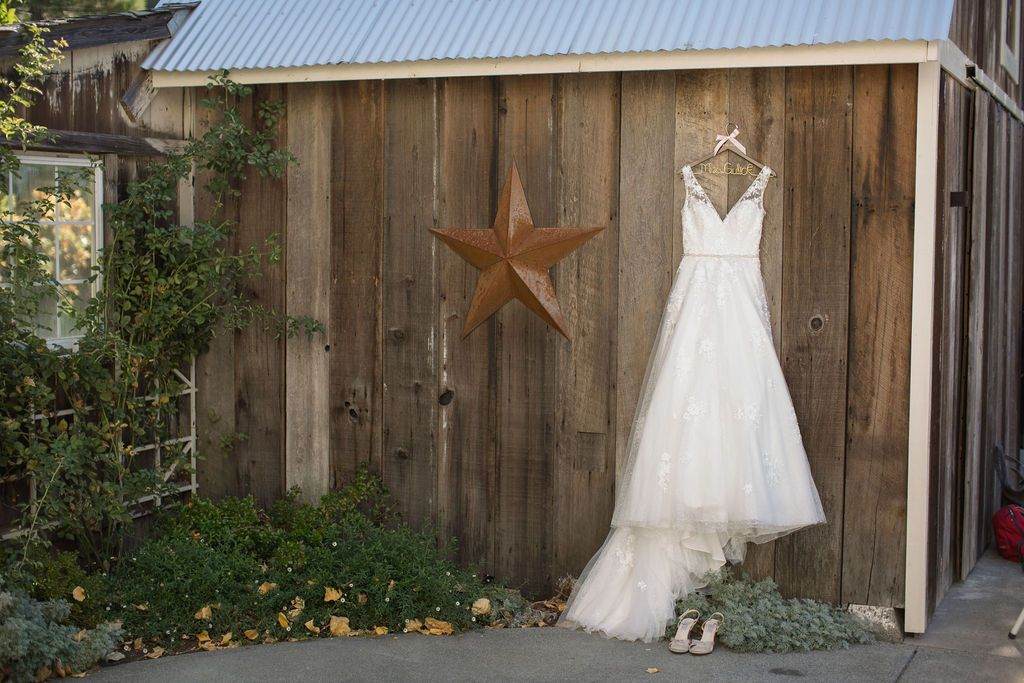 17 photo opportunities rustic mountain house estate weddingi venues northern california