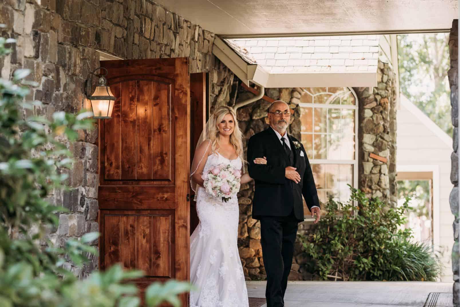 2 lawn pond ballroom mountain house estate weddingi venues northern california