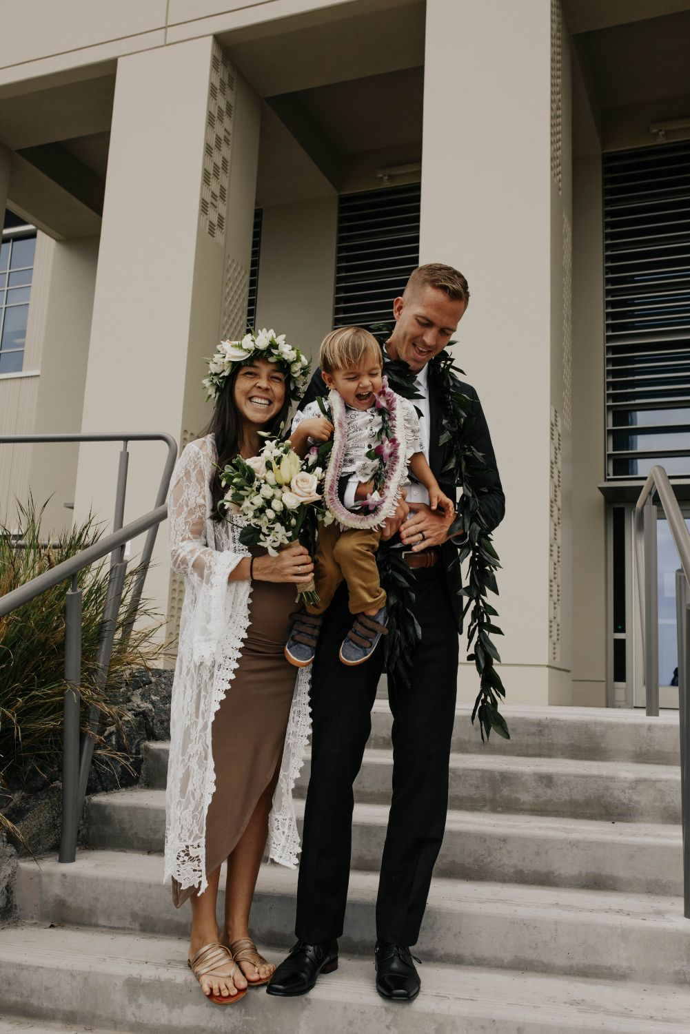 0 Pros and Cons of Having Children at Your Wedding