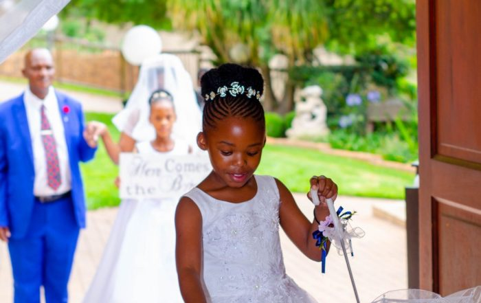 2 Pros and Cons of Having Children at Your Wedding